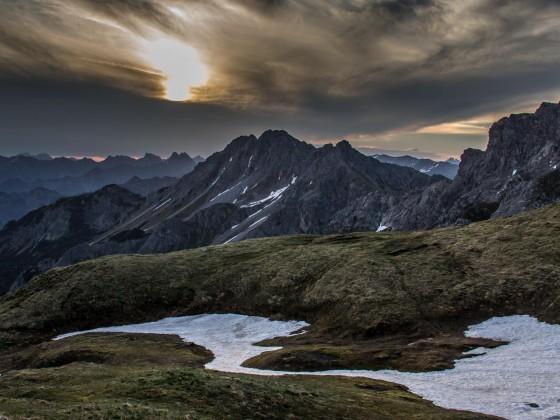 Sonnenaufgang, Ausblick von der Fiderepasshütte